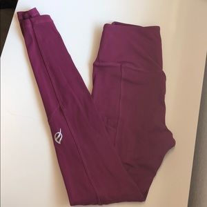 P'TULA Magenta Leggings